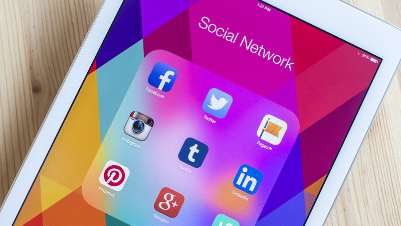 How to Monitor Social Media Applications on a Phone?